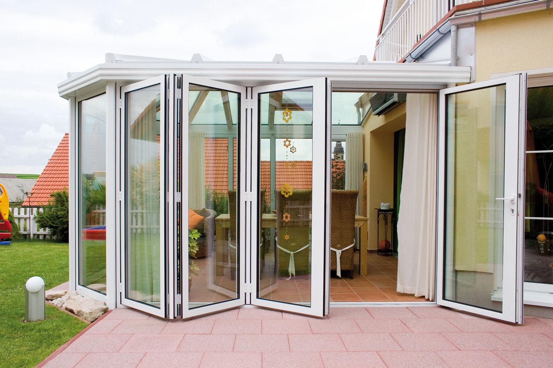 le verande di oknoplast stanze a cielo aperto da vivere. Black Bedroom Furniture Sets. Home Design Ideas