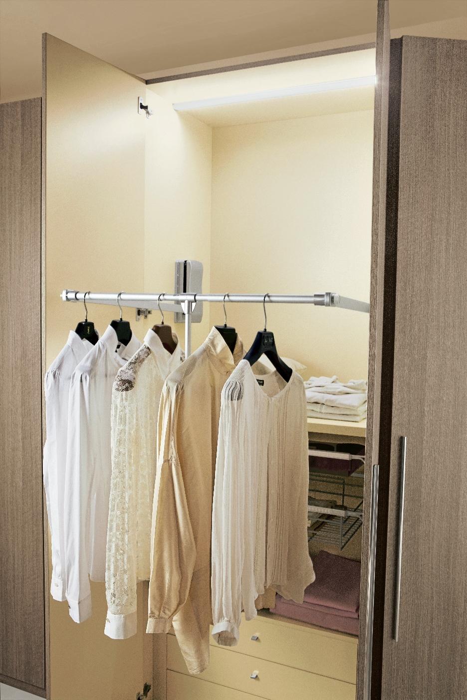 Eleonora: la nuova collezione di componenti per cabina armadio di ...