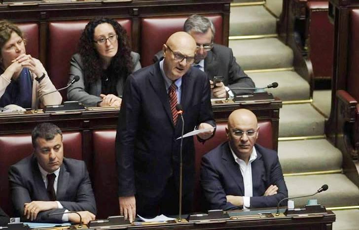 Legge di bilancio per l 39 aquila melilla art 1 grande for Commissione bilancio camera dei deputati