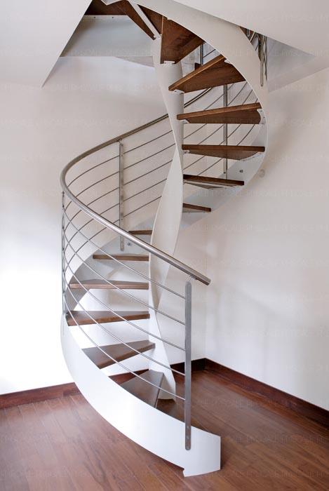 Le scale per interni nell era dei configuratori dalle scale a sbalzo alle scale a chiocciola - Scale a chiocciola interne ...