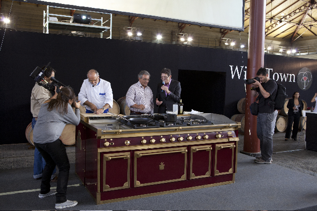 A wine town 2011 trionfano le cucine professionali - Cucine professionali da casa ...