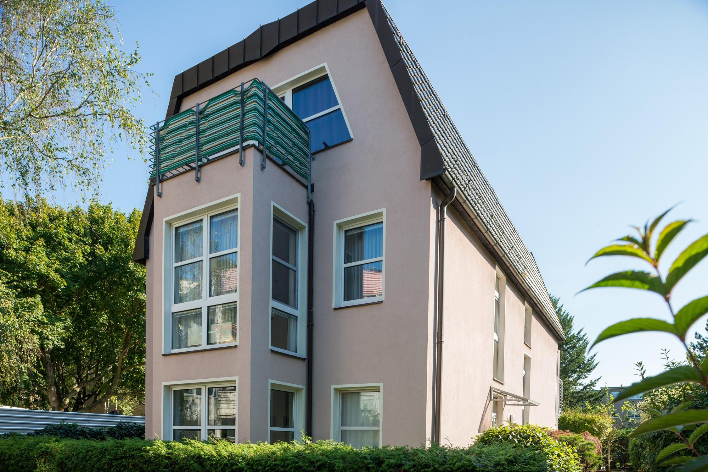 fidarsi delle banche o investire su un immobile rendite elevate su immobili a berlino. Black Bedroom Furniture Sets. Home Design Ideas