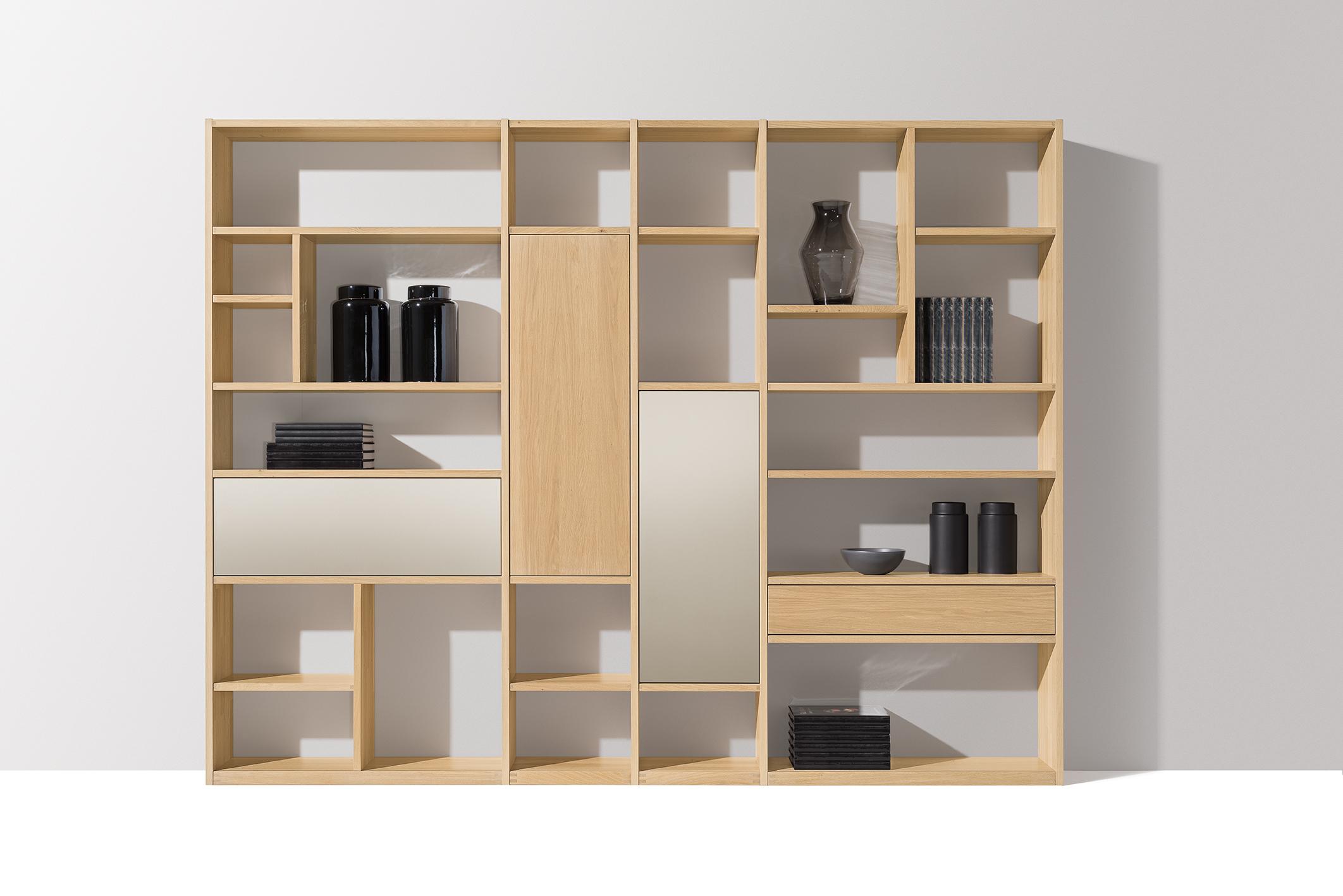 team 7 presenta pearl e acciaio i nuovi colori vetro che sposano il legno naturale. Black Bedroom Furniture Sets. Home Design Ideas