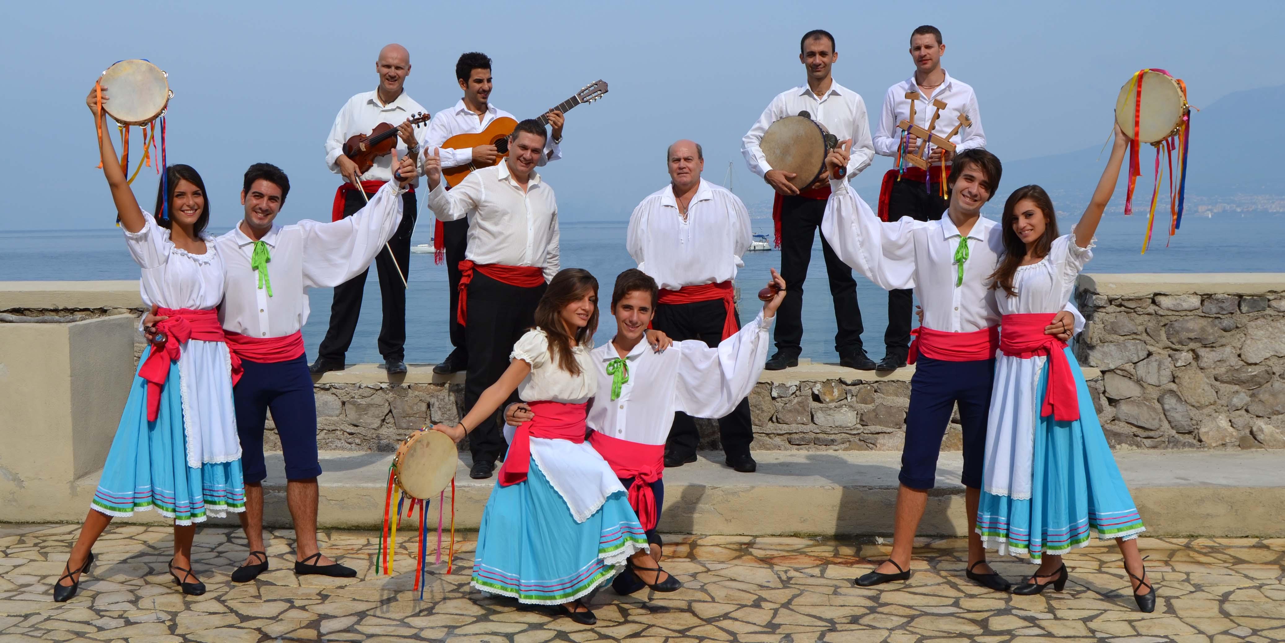 Continua Il Tour Del Musical Tarantella Amp Tenors
