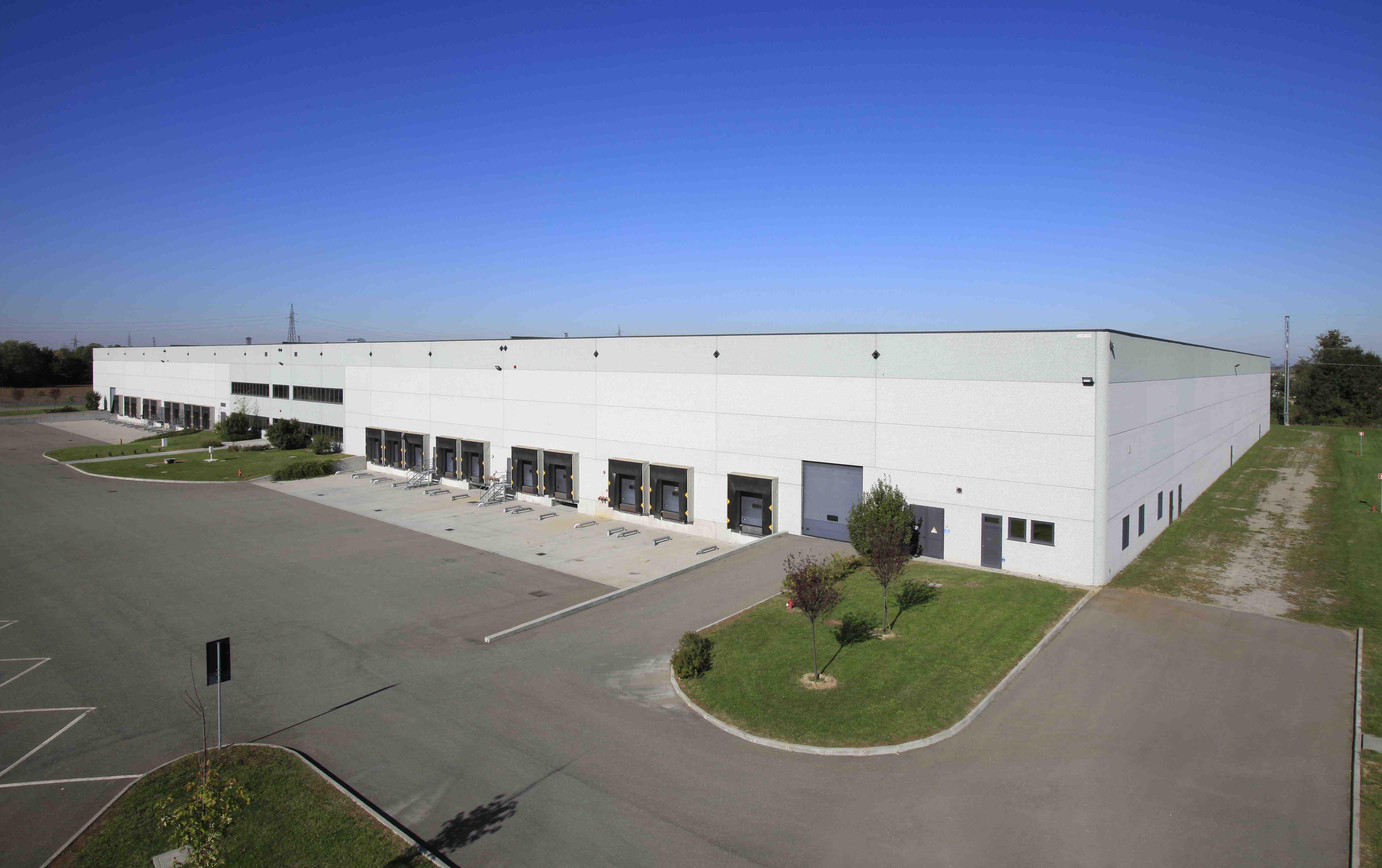 Prologis rinnova un accordo di locazione per metri for 3 metri quadrati di garage per auto